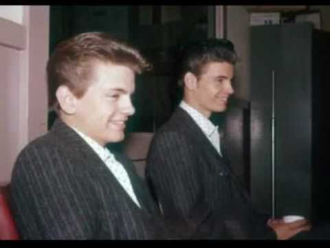 The Everly Brothers - Pretty Flamingo