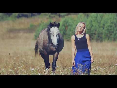 "Kristina Si ""Космос"" кавер на клип; Kristina Si ""Cosmos,"" a cover of the clip"