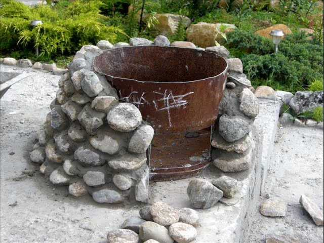 Камни для дачи своими руками