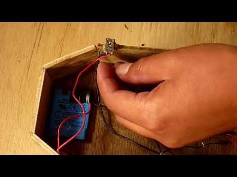 Como Hacer Una Lancha a Motor Con Batería Recargable (Fácil De Hacer)