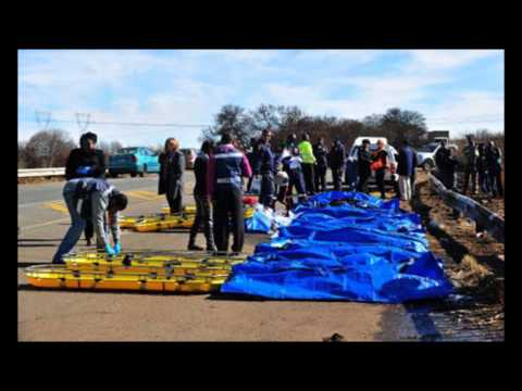 29 killed in South Africa bus crash - NEWS