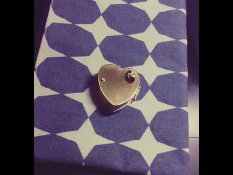 UNDERTALE music box locket, track 34. MEMORY.