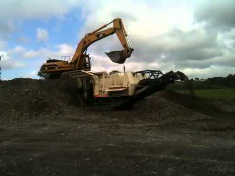 Longburn Shingle Co Ltd LT80 Jaw Crusher.MOV