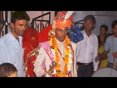 Mere Paphaiya - Rajasthani Marriage Song 2014   Vivah Geet   Marwadi Vivah Geet 2014 video