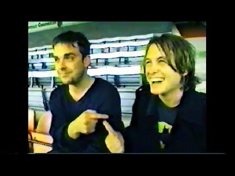 Mark Owen And Robbie Williams - Guitars For Goalpsts (1996)