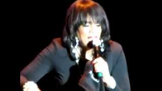 Watch Vickie Winans The Rainbow video