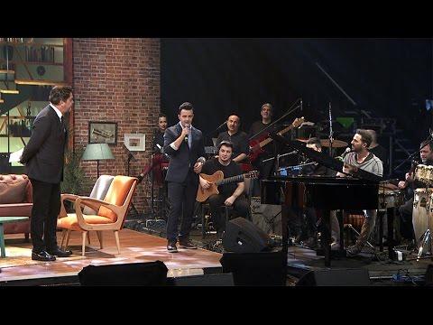 Beyaz Show - Beyaz Show- Gökhan Özen ile Talha'nın düeti görülmeye değerdi!
