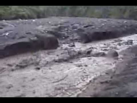Lahar on Barranca Seca, Fuego volcano (Guatemala) on October 3, 2003