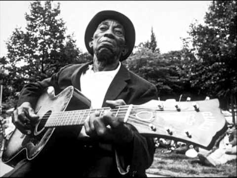 Mississippi John Hurt - Make Me A Pallet On The Floor
