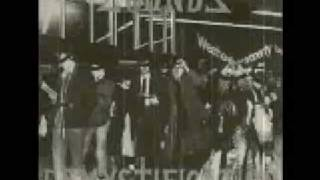 Watch Zounds Great White Hunter video