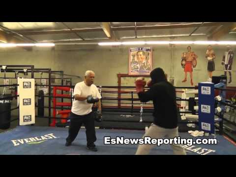 Mikey Garcia vs Orlando Salido Training Camp Workout - esnews boxing
