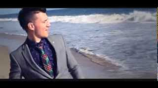 Watch Frankmusik Fast As I Can video