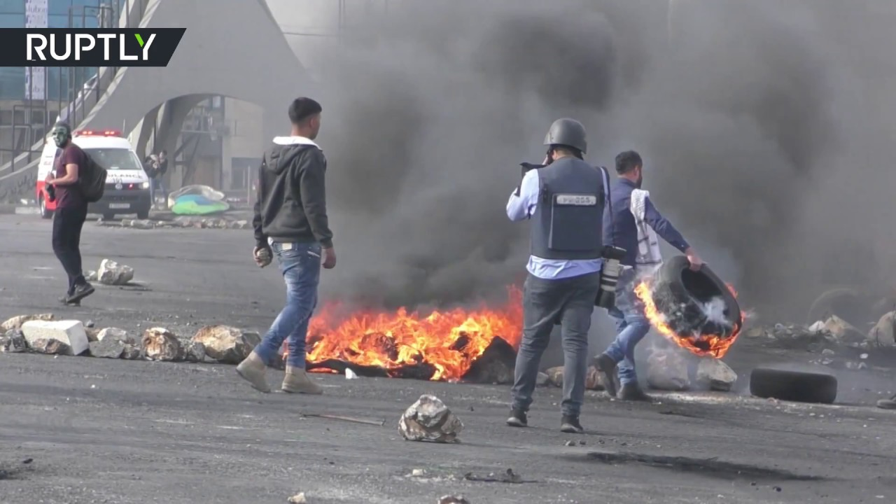 Clashes between Israeli security forces and protesters in Palestine continue