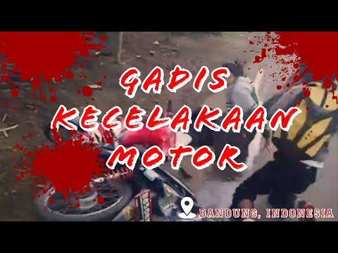 Gadis kecelakaan motor di punclut Bandung