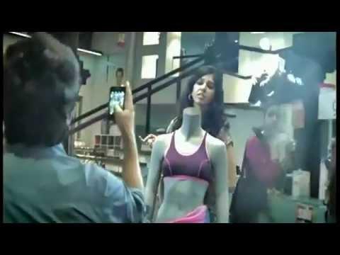 Airtel - Har Ek Friend Zaroori Hota Hai Airtel AD