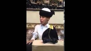 ولد صغير مهستر يطقطق على الشيعه