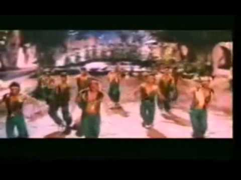 TRIDEV - Oye oye (Tirchi Topiwale) copied song
