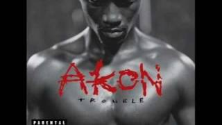 Watch Akon Keep On Callin video