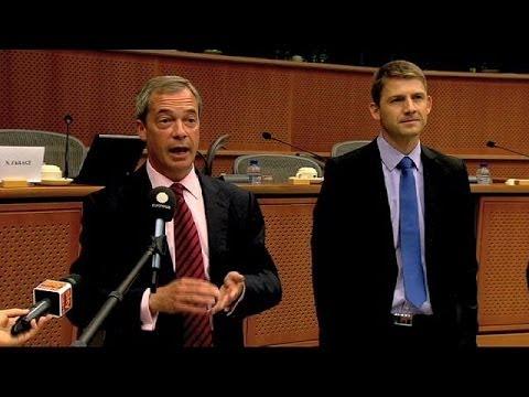 Marine Le Pen rate son pari : Farage présente son nouveau groupe...