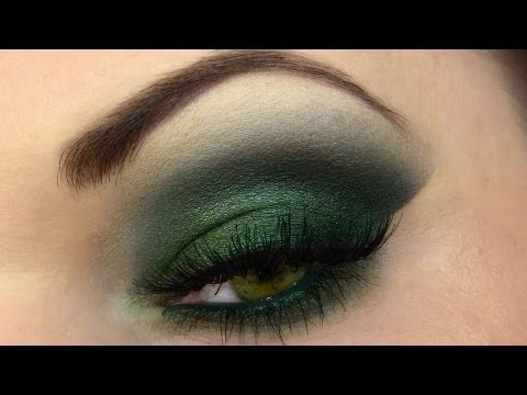 Herbstgrün Schminken Forest Green Smokey Eyes