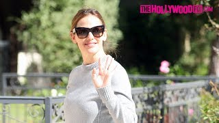 Jennifer Garner Takes Her Kids To Sunday Church Service While Ben Affleck Is Fresh Out Of Rehab