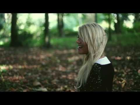 Deborah Koutsios - Rien Nest Impossible