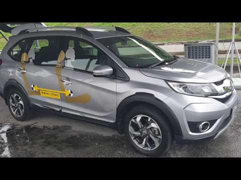 2018 Toyota Rush vs Honda BR-V Walkaround | EvoMalaysia.com