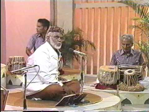 Tamil Muslim Songs Ettanai Thollaigal By Em Hanifa video