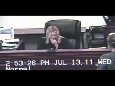 Woman attacks judge in court during divorce proceedings