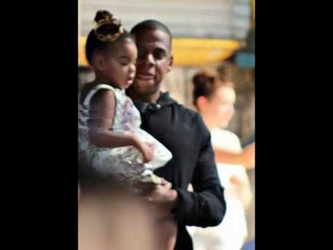 BLUE IVY CARTER : Wears a Ponytail, She's A Little Princess!!
