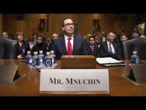 """Senators try and fail to pronounce """"Munchin"""""""