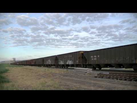 exSP AC4400CW Leads Coal Train through Utah