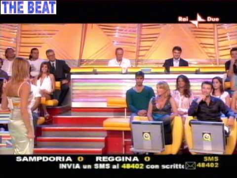 Monica Leofreddi gran tette a Quelli che il cacio 11/09/05