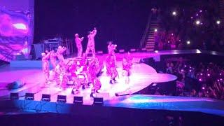 Ariana Grande - 7 rings (Live at Sweetener World Tour Charlotte)