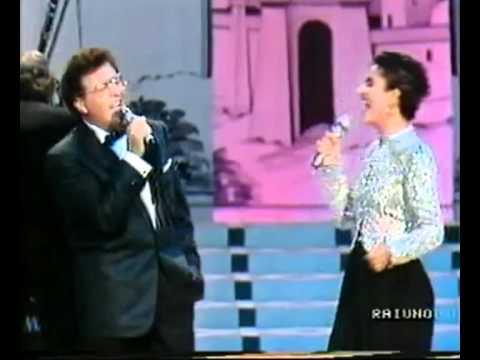 Mia Martini e Peppino Di Capri in Non ti fidar di un bacio a mezzanotte. Omaggio al Quartetto Cetra