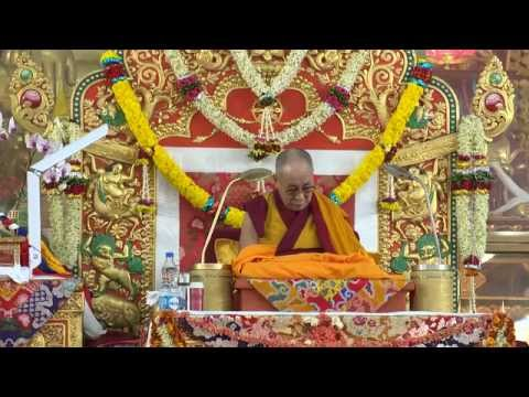Long-Life Prayer offering to HH the Dalai Lama by Dragyab People