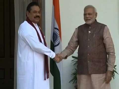 PM Narendra Modi meets President of Sri Lanka, Mahinda Rajapaksa