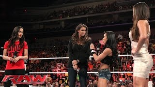 Stephanie McMahon causes unrest in the Divas division: Raw, Sept. 1, 2014