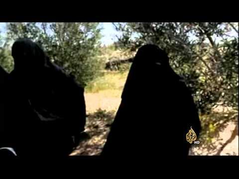 شهادات عدد من النسوة عن جوانب من معاناة سكان شمال سيناء جراء ممارسات الجيش المصري