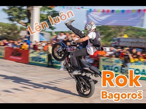 Tinhte.vn - Trình diễn (stunt) của Rok Bagoroš với KTM Duke 200
