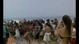 (Ciara Live) Brazilian Fans dances Ciara Love Sex Magic on Ipanema Beach Rio de Janeiro Brazil