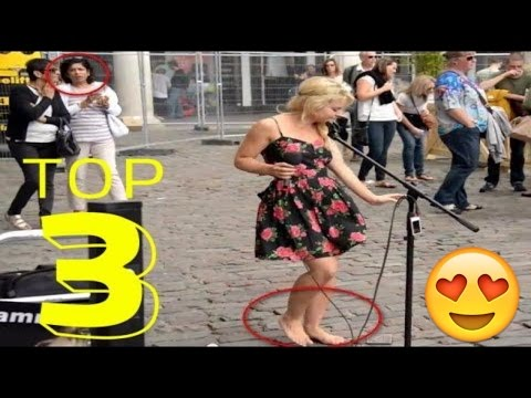 How Barefoot Street Performer SHOCKS Audience with her beautiful voice - Sammie Jay 95.7 KJR