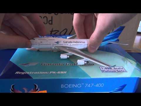 Unboxing: Phoenix Boeing 747-400 of Garuda Indonesia