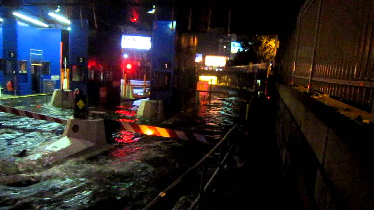 Midtown Tunnel Flooded Sandy Midtown Tunnel Nyc