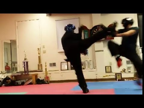 Eagle claw kung fu sparring