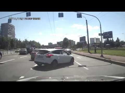 Пьяный водила перевернулся на Пискаревском и Блюхера 06 07 2014