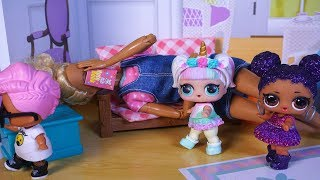 LOL SURPRISE DOLLS Sneak Out Of House!