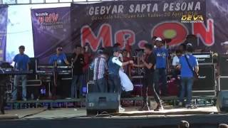 Download video Ratna Antika Ft Gerry Mahesa ~ LUKA HATI LUKA DIRI Om Mr ON Live in Colo Dawe Kudus 2016