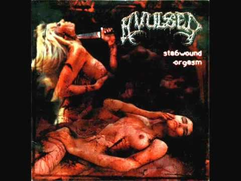 Avulsed - Amidt The Macabre
