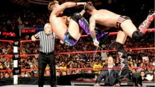 10 WWE Superstars Who Changed Their Finisher While On Top